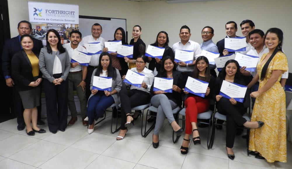 Ceremonia de Cierre del Diplomado en Gestión de Importaciones DGI – Guayaquil 2019